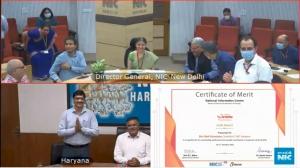 Sh. Alok Srivastava, Scientist-F, NIC Haryana receiving Gold award for best implementation of SARAL